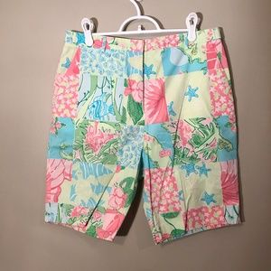 Lilly Pulitzer | Patterned Bermuda Shorts Sz 10